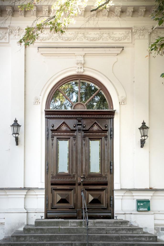 Die LabSaal Eingangstür